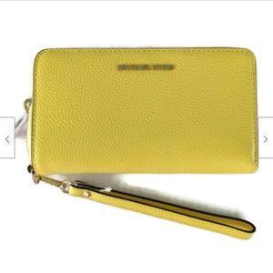 Michael Kors leather smartphone wristlet wallet